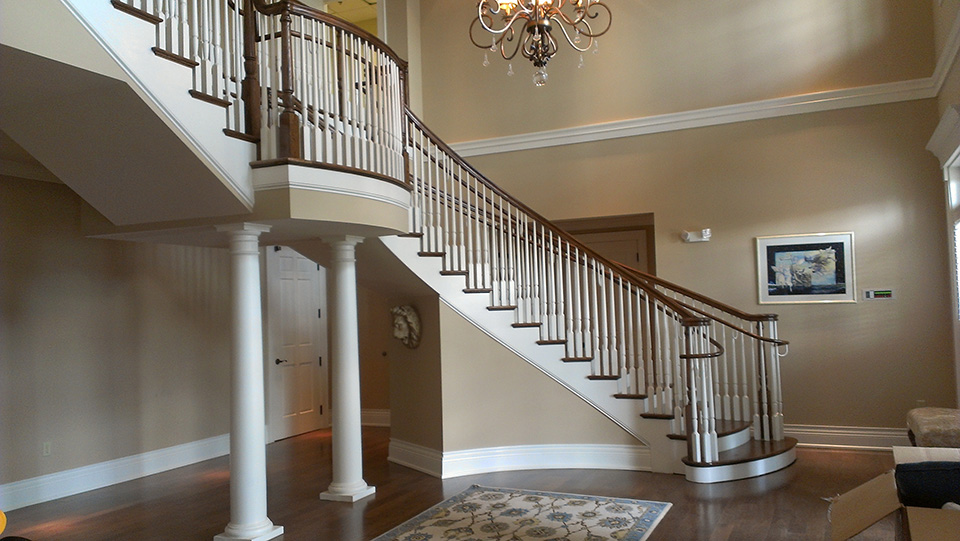 Curved Traditional Staircase