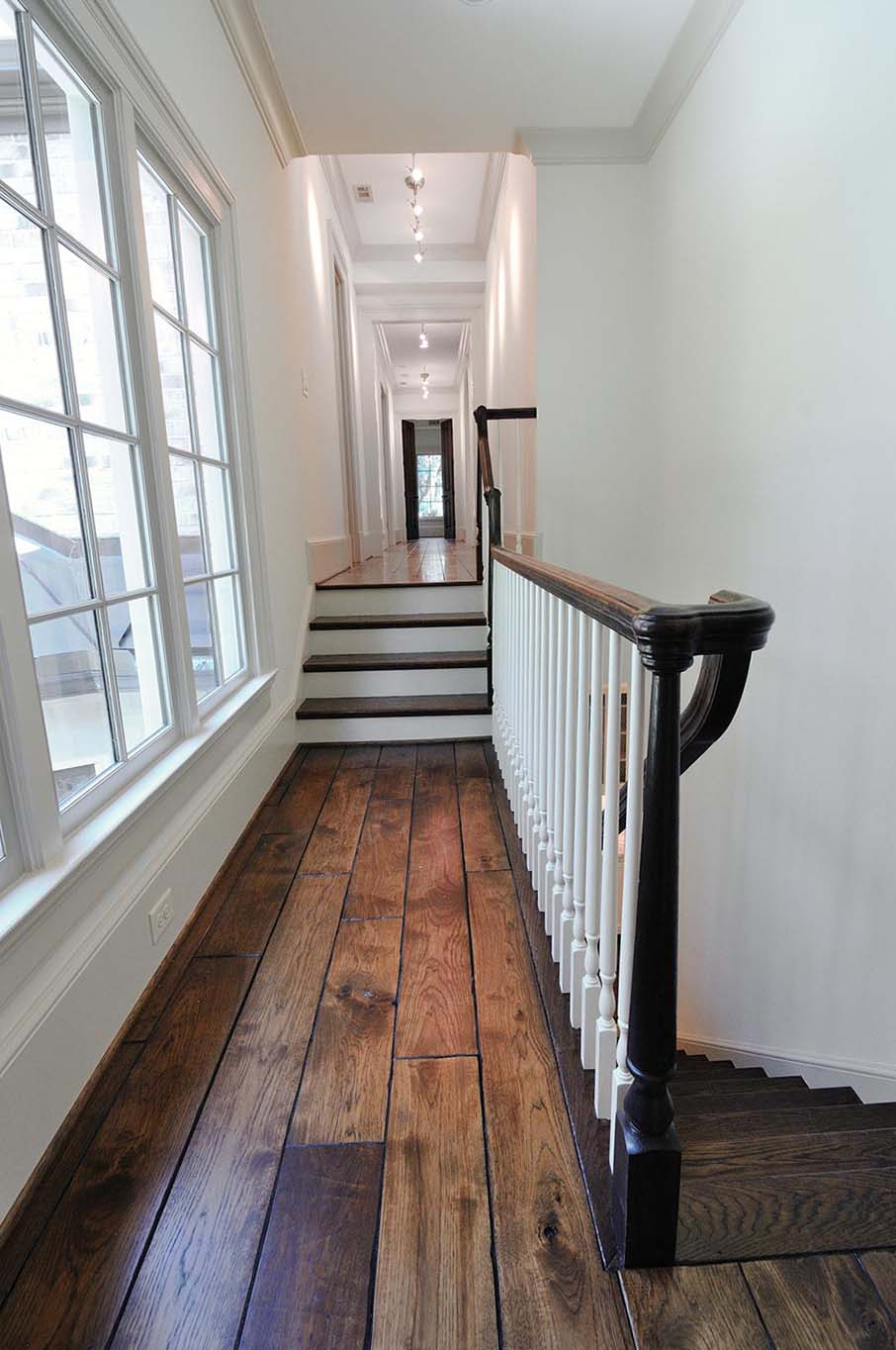 Traditional Staircase And Railing Artistic Stairs