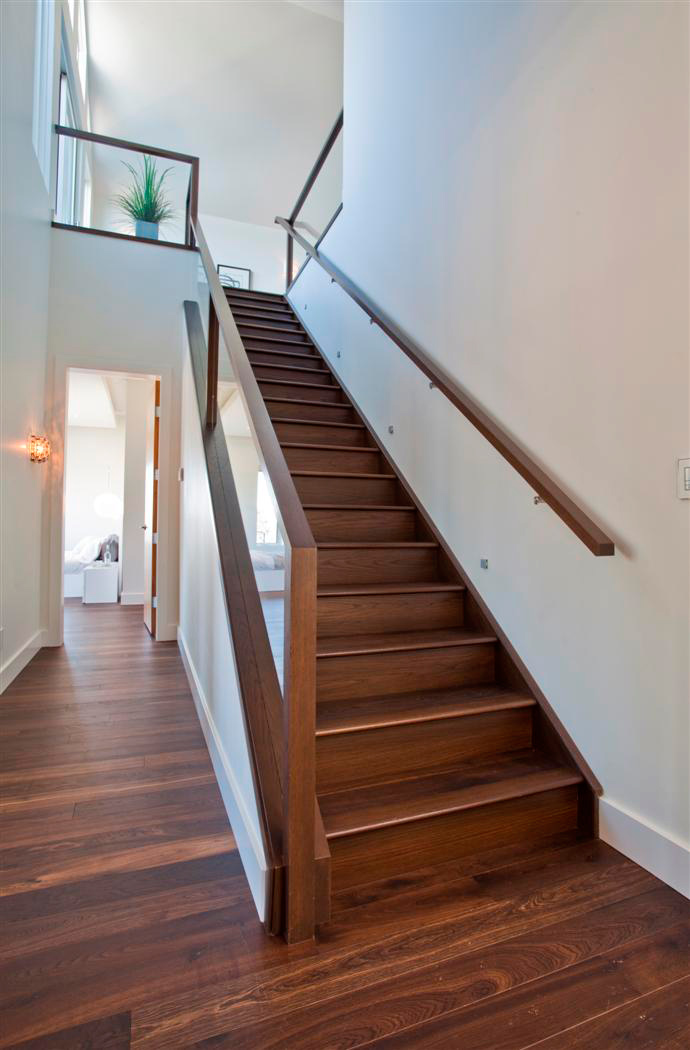 Construction Grade Stairs For Home Or Business Artistic