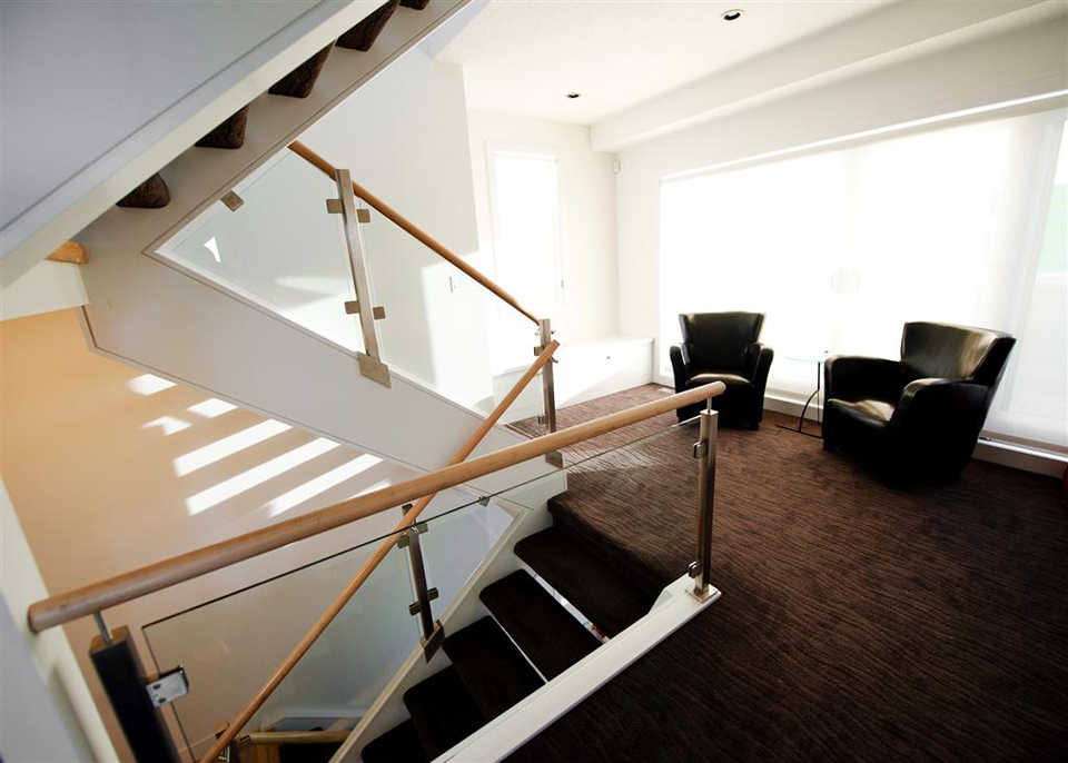 Straight-Staircases---Artistic-Stairs-9